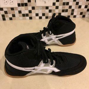 Asics Shoes - Men's ASICS wrestling shoes size 10